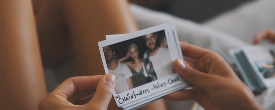 THE CHAINSMOKERS FEAT. HALSEY – CLOSER