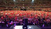 Luis Fonsi agrega segundo concierto en Movistar Arena