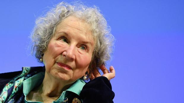 Margaret Atwood publicó la secuela de The Handmaid's Tale