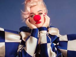 Katy Perry anuncia nuevo disco