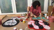 Mon Laferte anuncia su primera exposición de arte en Chile